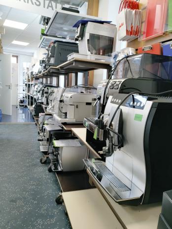 Kaffeevollautomaten in Stuttgart zur Reparatur in der Werkstatt bei allen Defekten